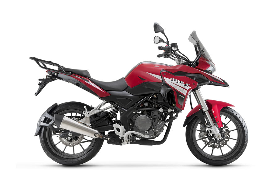 Benelli TRK 502 X Red